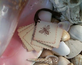 Tags-Sepia-Bee-Shabby Style-Square-Ivory