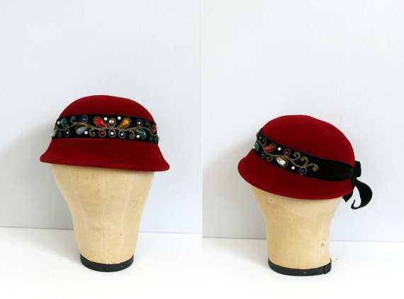 RESVERED...1960s FRENCH Scarlet gemstone wool cloche cap