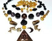 Vintage Pyramid Glass Bead Kit 1060995