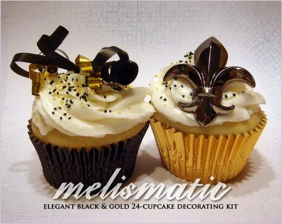 Elegant black and gold cupcake decorating kit liners