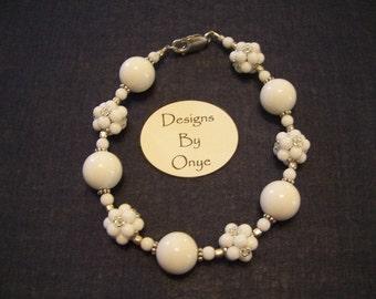 White 'Cubolitas' bracelet