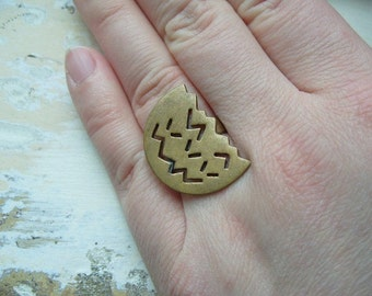 FREE SHIPPING Vintage Industrial Chunky Brass Ring - Size 9