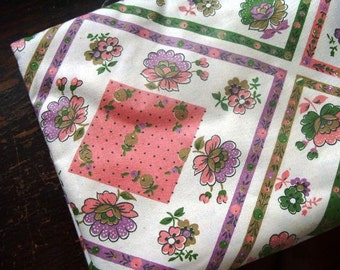 Vintage Cotton Floral Fabric with Geometric Design - 3.1 yds