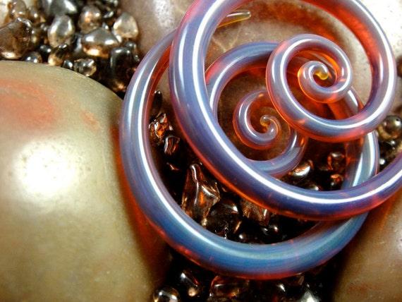 8G - Peacock Amber - mini Spirals