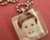 Custom Photo Brag Pendant 1 inch Glass Tile Pendants with Ball Chain