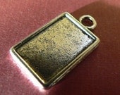 Charms- 20 Small Rectangle Pendant Trays  Bezel Blank  Antique Silver Toned Charms Metal -Ships within 24 hours