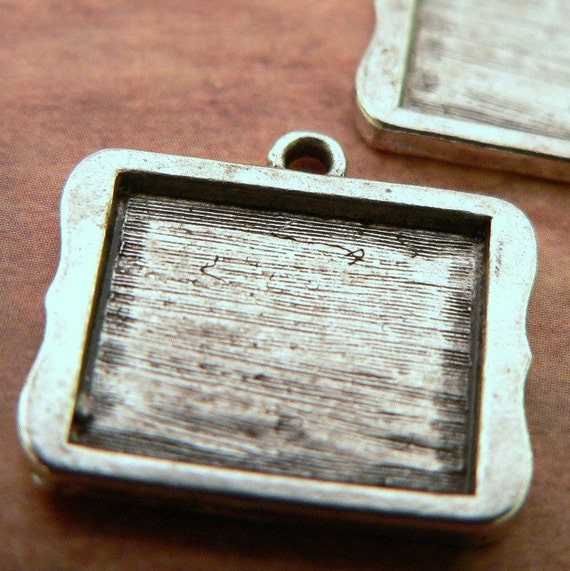 20 Photo Frame Horizontal Charm Pendant Blanks Rectangle Antique Silver Lead Free - ships in 24 hours