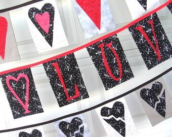 Skelly LUV Valentine Bunting