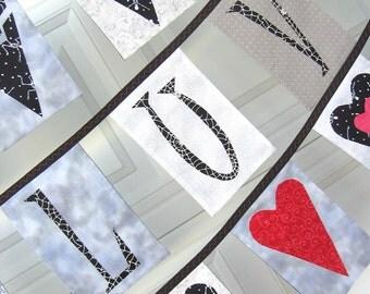 LUV Valentine Bunting