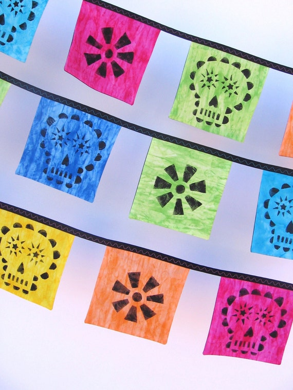 Mini Day of the Dead Altar Bunting