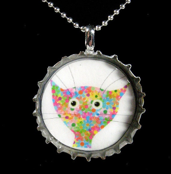 Flower cat beer bottle cap pendant with ball by for How to make bottle cap flowers