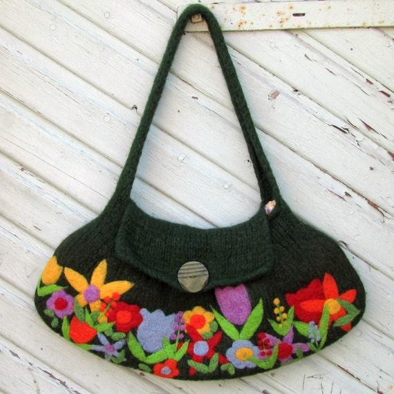 Pretty large green felted handbag tote shoulderbag with beautiful needle felted flowers