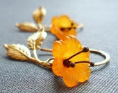 Little orange and gold flowers earrings - zsb creations