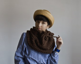 The Nantucket Cowl in Walnut Shell.