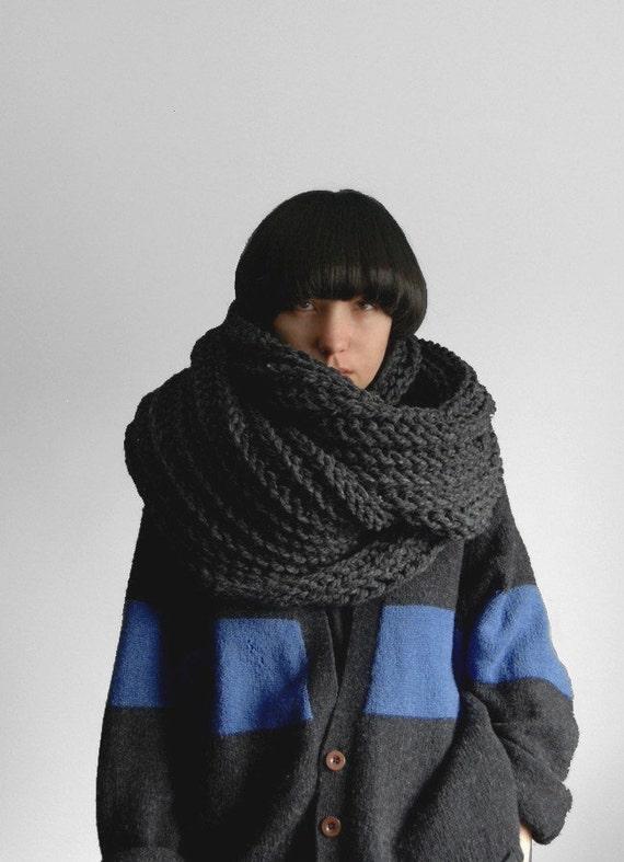 Charcoal Grey Soopascarf Chunky Scarf Style