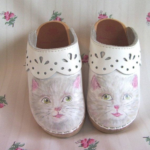 Toddler Girl Shoes Clogs Kitty Size 9 White Pink Painted