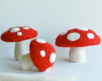 DIY Mushroom PDF Instructions Download - Make Your Own Red Polka Dot Felted Mushroom - Super Mario Brothers Mushroom