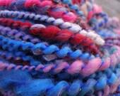 Supergirl handspun yarn (70 yards, 3.8 oz, bulky)
