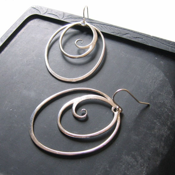 swirly keen / polished