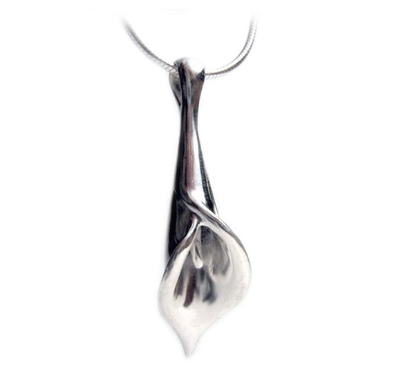 Silver Calla Lilly - Necklace - Solid Sterling Silver - Mom - Aunt - Sister - Friend - Gifts For Her - Valentine Present - Rickson 18