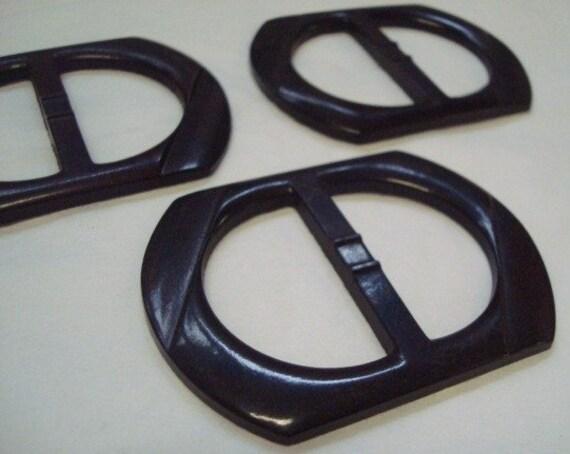 15 Vintage Dark Brown Plastic Belt Buckles 226