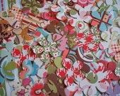 Patterned Big Paper Daisies - Set of 40