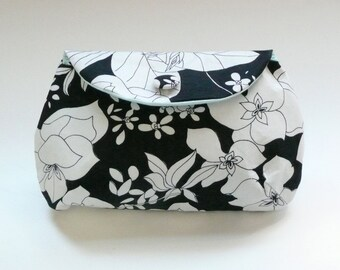 black and white vintage floral clutch purse