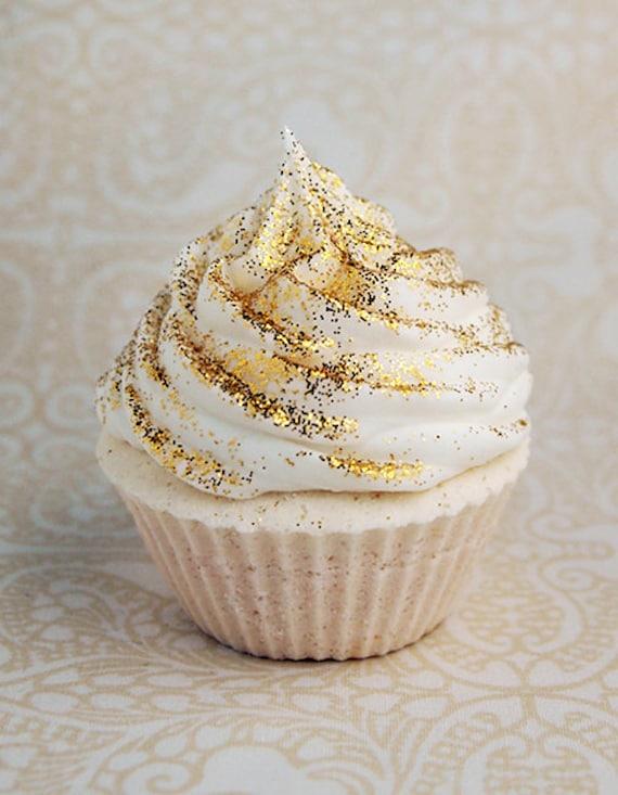 cupcake bath fizzie - cinnamon sugar
