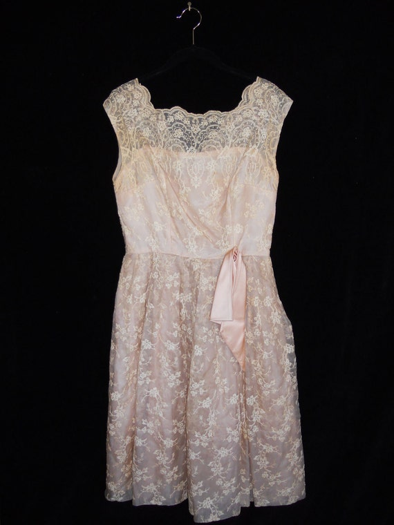 RESERVED FOR ABSOLUTELYCRYSTAL Do Not Buy 50's lace pale pink peach dress floral embroidered