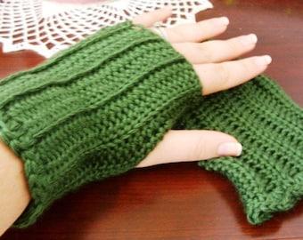Green Fingerless Gloves - Green Wristwarmers - Green Wrist Warmers - Green Arm Warmers - Green Gloves - Green Mitts - Green Gauntlets
