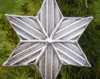 Shimmering  star ornament