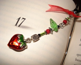 FRESH STRAWBERRY -- bookmark