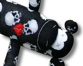Morbid sock monkey - Skulls