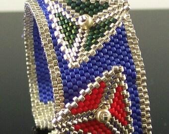 Triangle Twister Bracelet