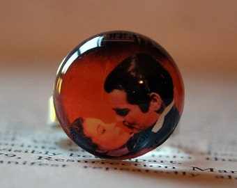 Acrylic Bubble Ring, GONE WITH  the WIND Movie Scene, No. 725 by Bridesmaids Gifts, Romantic Movie, Classic Movie Memorabilia