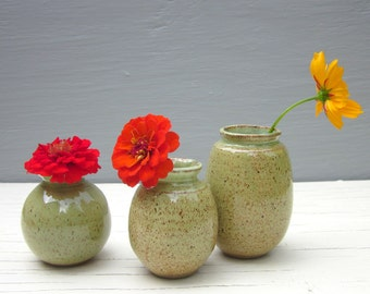 3 green vases ceramic pottery little rustic perfect for your windowsill