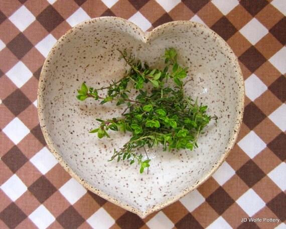 white ceramic heart bowl - speckled egg