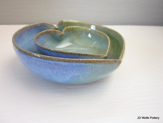 nesting heart bowls - green and blue