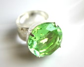 Fallalery No. 005 . Vintage Peridot and Silver Ring . Estate Style . Costume Jewelry