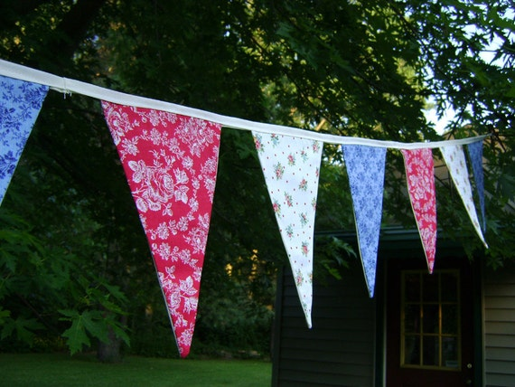 Patriotic Red White and Blue Bunting Banner Flag Pennants Floral Shabby Chic by Vintage Bella