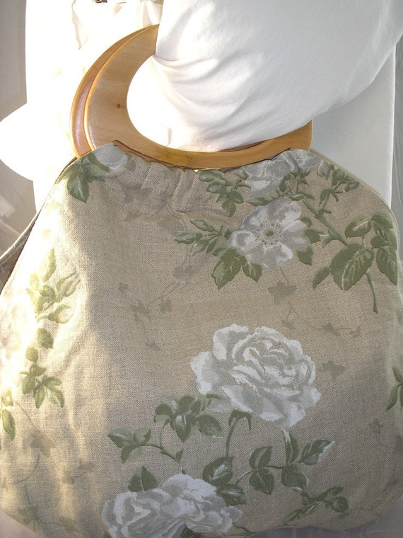 SALE Handbag of natural printed linen with wood handles OOAK