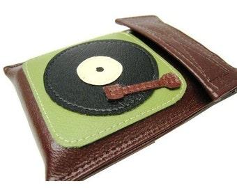 iPod CLASSIC Case ) Turntablism ) Brown