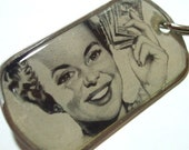 SALE - Dogtag Keychain or Necklace - I Love Dollars - Resin coated vintage image
