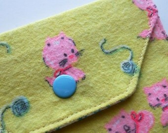 Snappy Card Holder - Bubblegum Kitty - Vintage Fabric