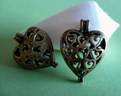 FILIGREE HEART LOCKETS   x2   Antiqued Brass