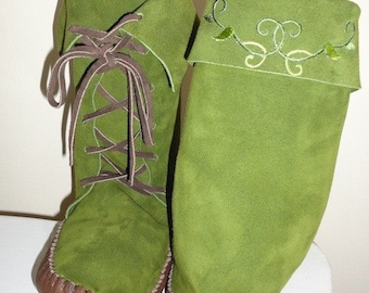 Earthgarden Enchanted Forest woodland Elf  Brown or Moss green Elf Boots Handmade moccasins leather soles w/vine leaves detail