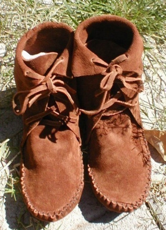 ELF BOOTS/Handmade Moccasins Black/Brown/Tan/Rust/Moss Green Ankle High You Pick Size I make to order
