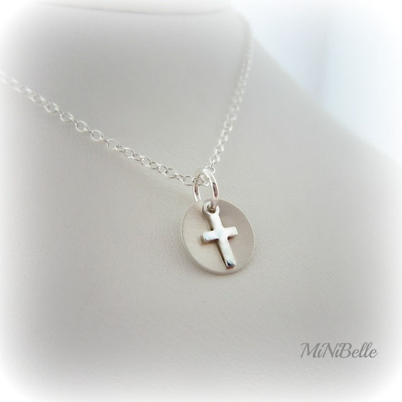 Cross Necklace. sweet simple sterling silver cross necklace.
