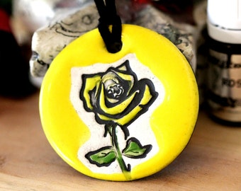 Rose Scented Ceramic Necklace with Rose Essential Oil in Yellow medium size