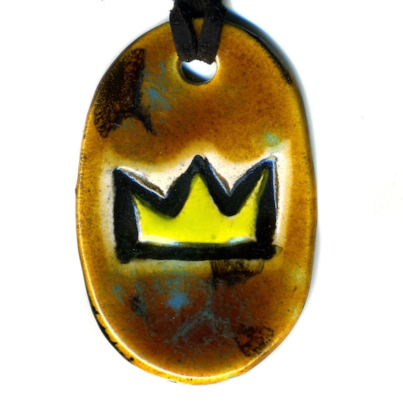 Crown Ceramic Necklace in Spotted Brown